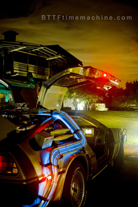 The Delorean shines it's light on Doc's house.
